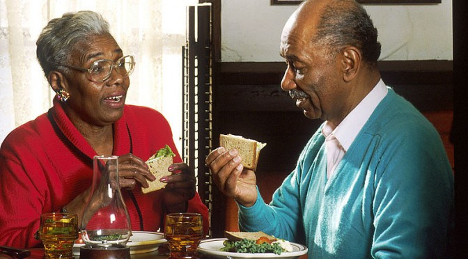 Eating a Healthy Diet Reduces Risk of Systemic Inflammation in Older Adults